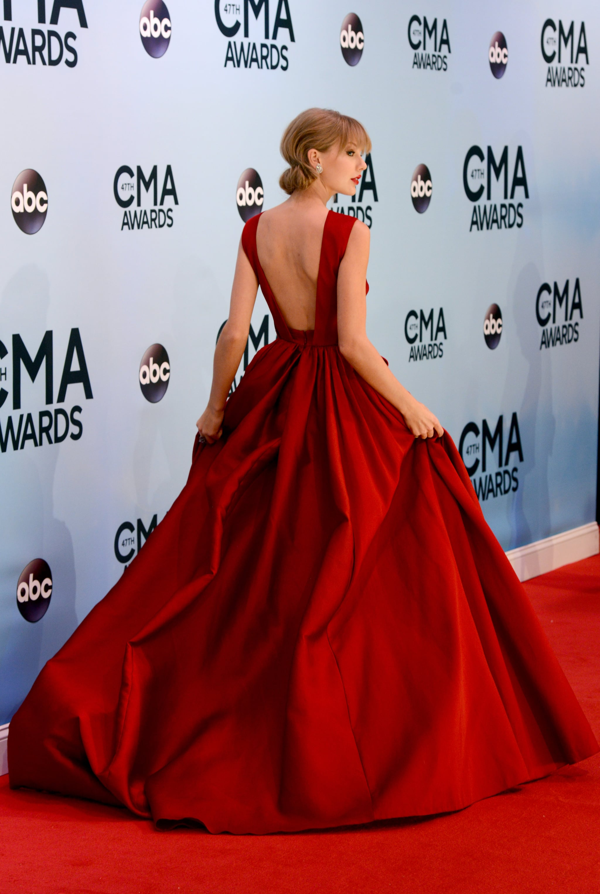 Taylor Swift showed off the back of her gown.