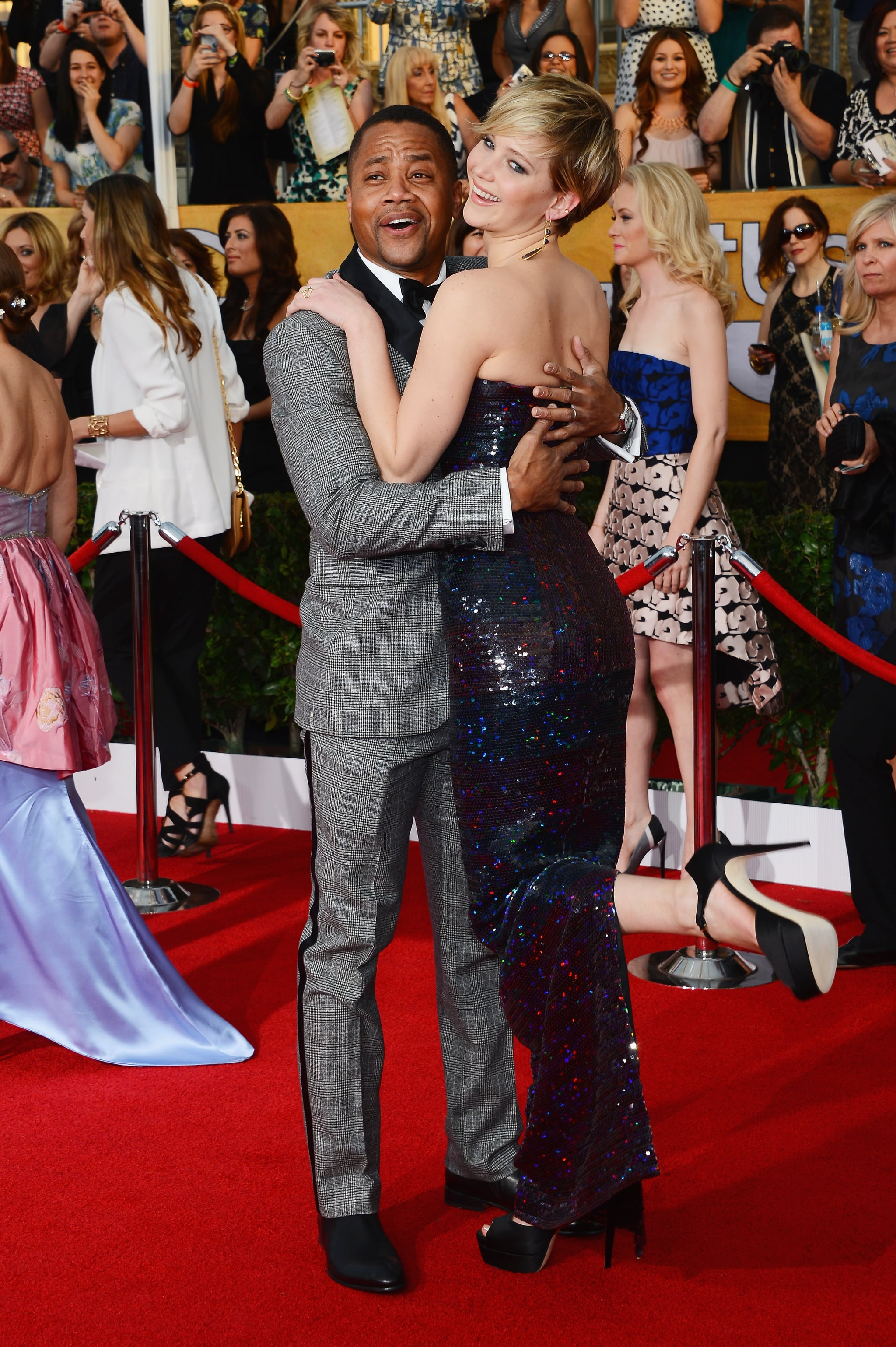 Jennifer Lawrence and Cube Gooding Jr. had a silly red carpet moment at the Screen Actors Guild Awards.