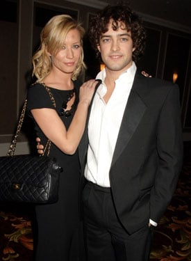 Roundup Of The Latest Entertainment News Stories — Denise Van Outen and Lee Mead Marry in Seychelles