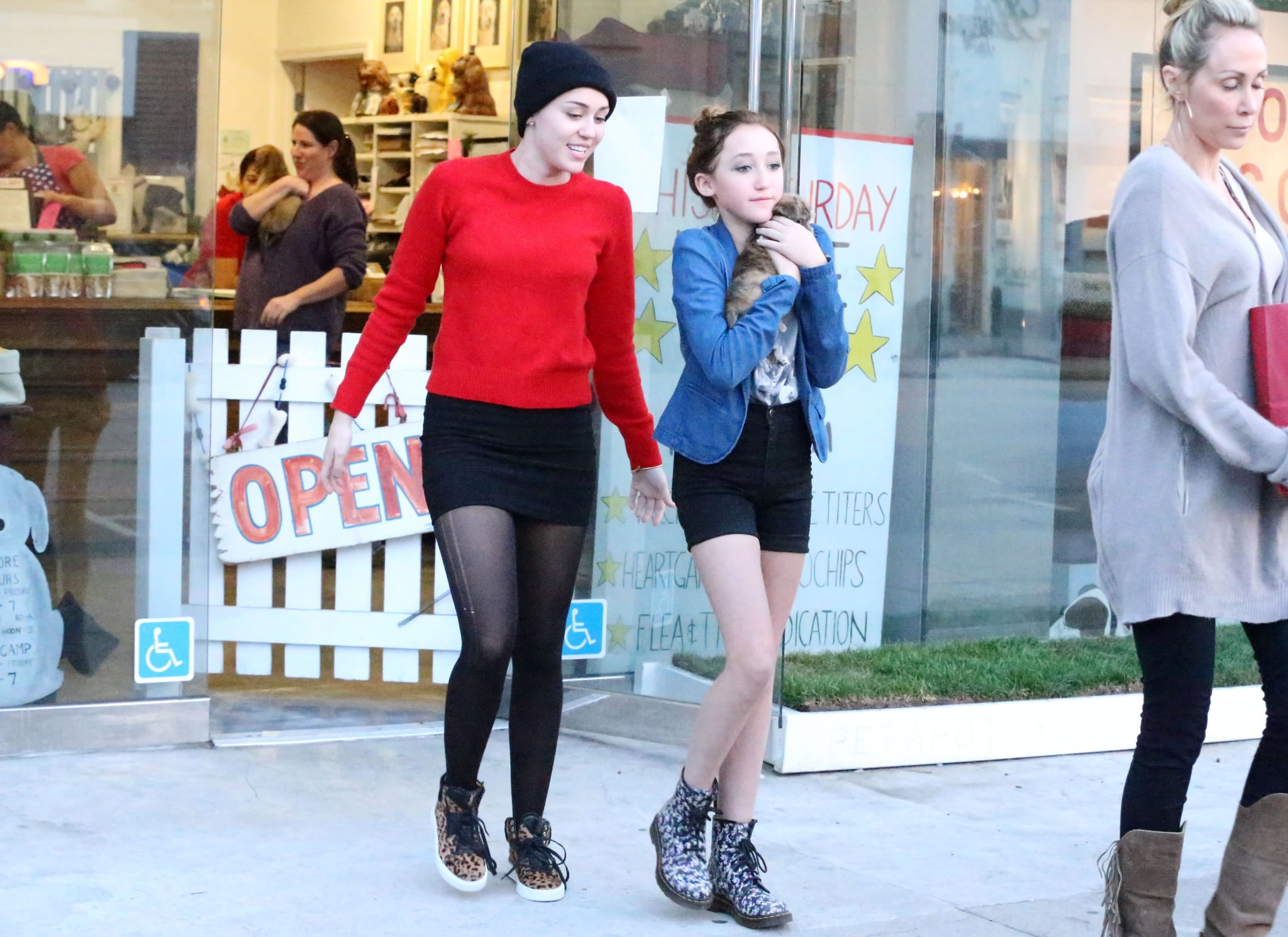 Miley Cyrus, her mom, and her sister bought a puppy in LA.