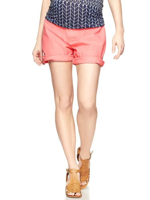 Gap's Demi Panel Roll-Up Shorts ($40, originally $45) feature an all-around stretch panel, and this coral shade is so fresh for Summer.
