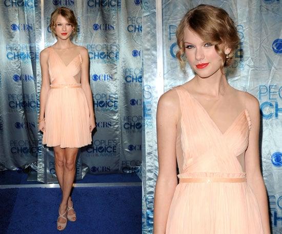 Taylor Swift at 2011 People's Choice Awards 2011-01-05 18:24:12