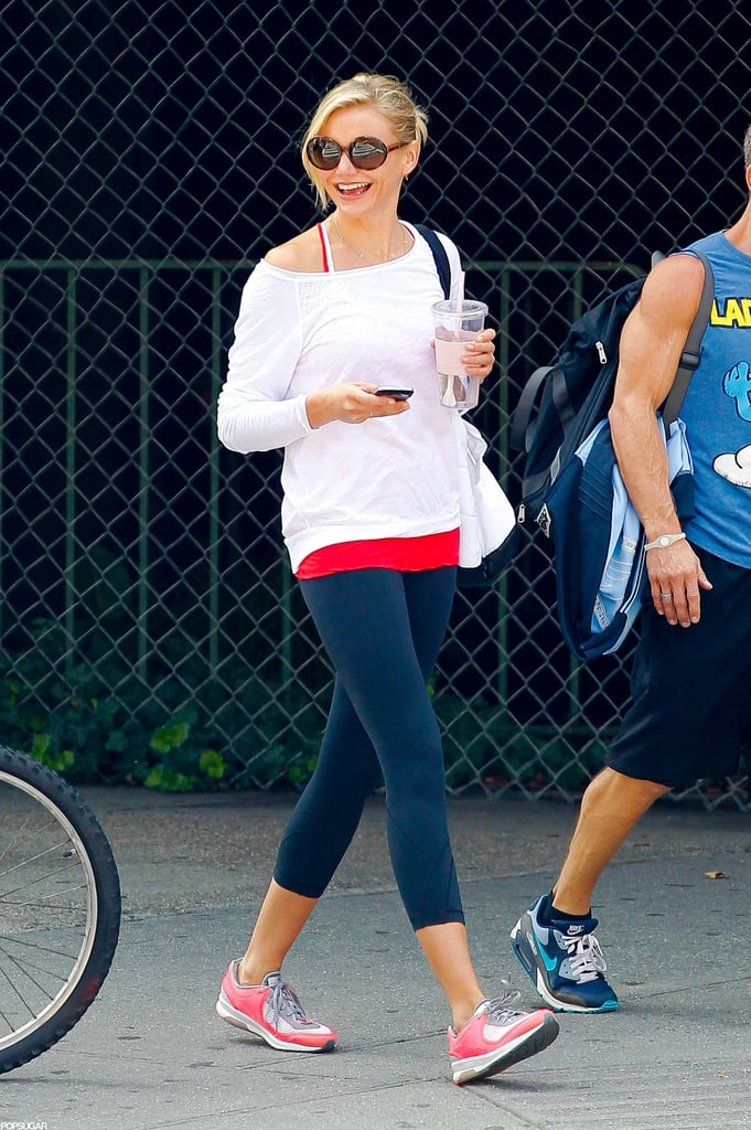 Cameron Diaz fit in a training session.