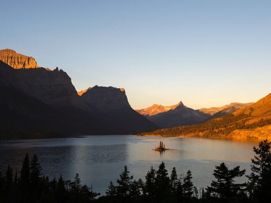 11 Unreal National Parks to Visit in Your Lifetime