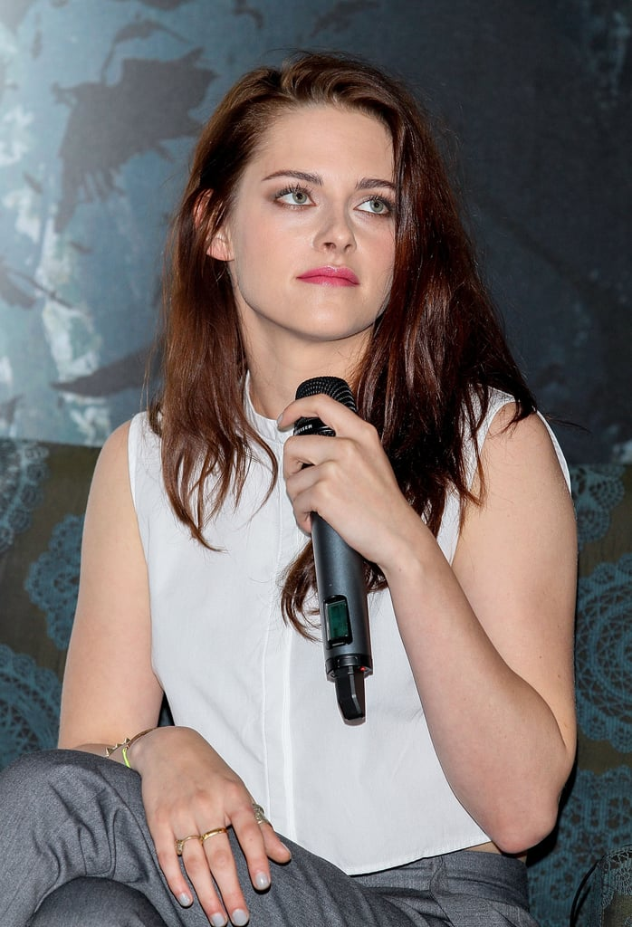 Kristen Stewart Shows Midriff in Mexico City For SWATH