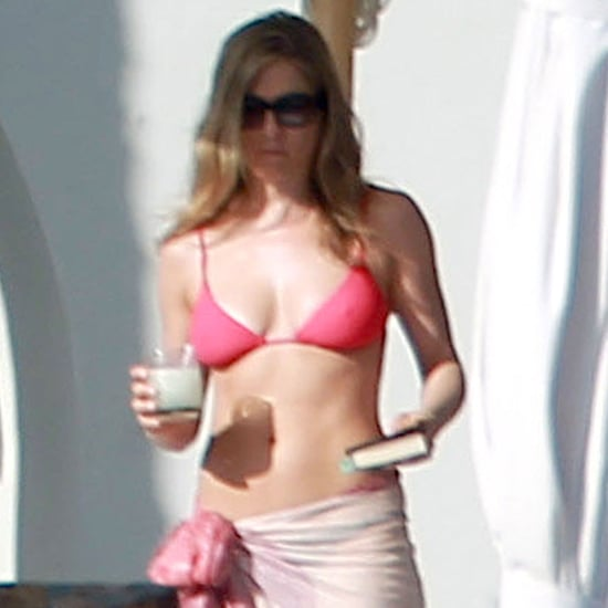 Jennifer Aniston Bikini & Justin Theroux Shirtless Cabo Pics