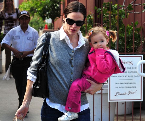 Slide Picture of Jennifer Garner With Seraphina in LA