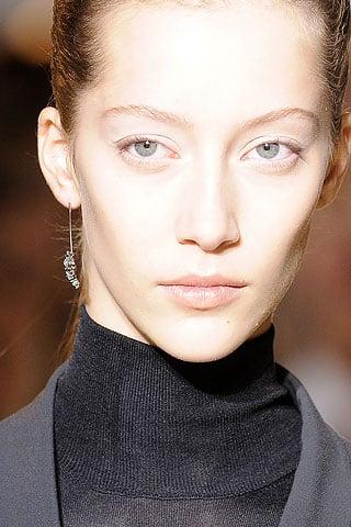 New Jil Sander Earrings Spear Some Attention