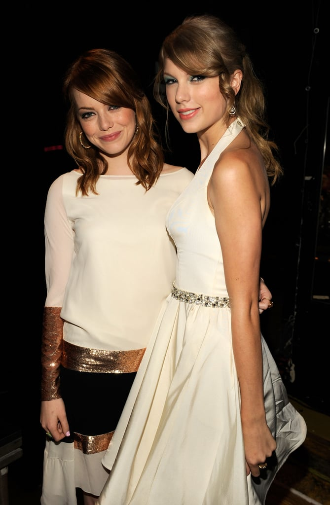 In 2011, Emma Stone got together with Taylor Swift for the Teen Choice Awards.