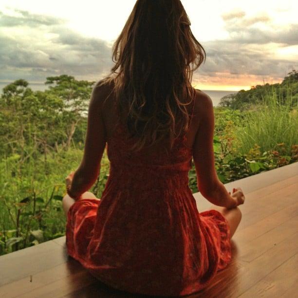 Gisele Bündchen started the morning with meditation. Source: Instagram user giseleofficial
