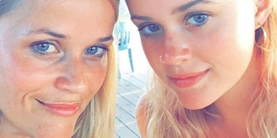 Reese Witherspoon's Daughter Is Basically Her Clone In This Selfie