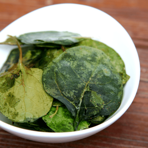 Oven-Baked Spinach Chips