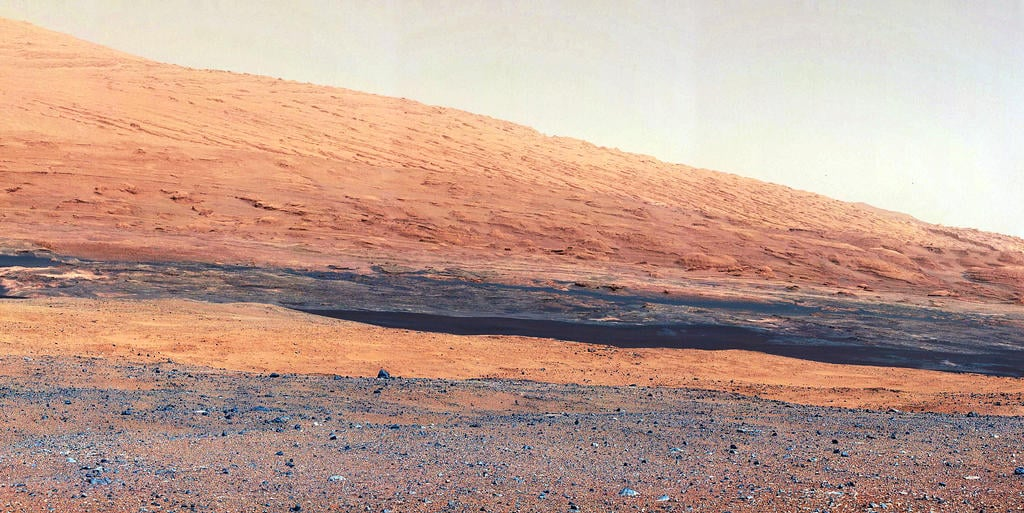 A closer view of Mount Sharp, a mountain inside Gale Crater, where the rover landed. Source: NASA/JPL-Caltech/MSSS