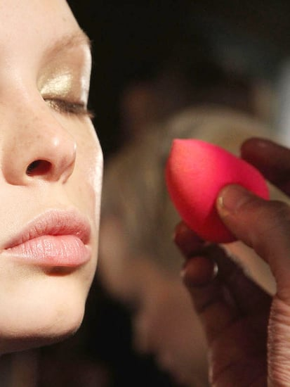 This Is How Drugstore Makeup Sponges Compare To Beauty Blenders
