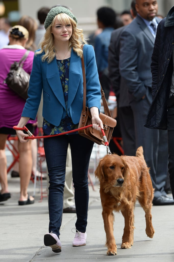 Ellen Page Walks Her Dog in Toronto Picture | Celebs and ...