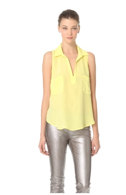 A sweet Spring yellow and easy, lightweight fabric make this Rory Beca Dive Slouch Pocket Top ($70, originally $139) one we'll love from now through Summer.