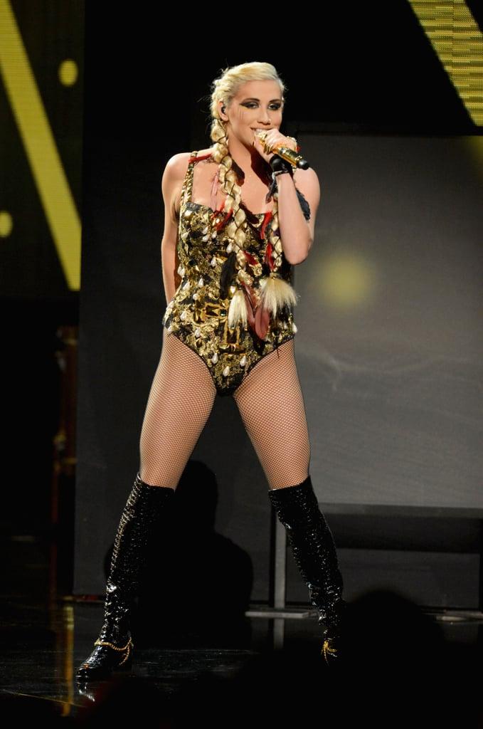 Taylor and Justin Win Big at the American Music Awards