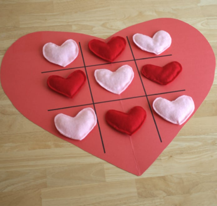 Valentine Tic-Tac-Toe Heart