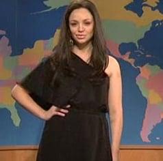 SNL's Abby Elliott Does a Spot on Angelina Jolie Impression