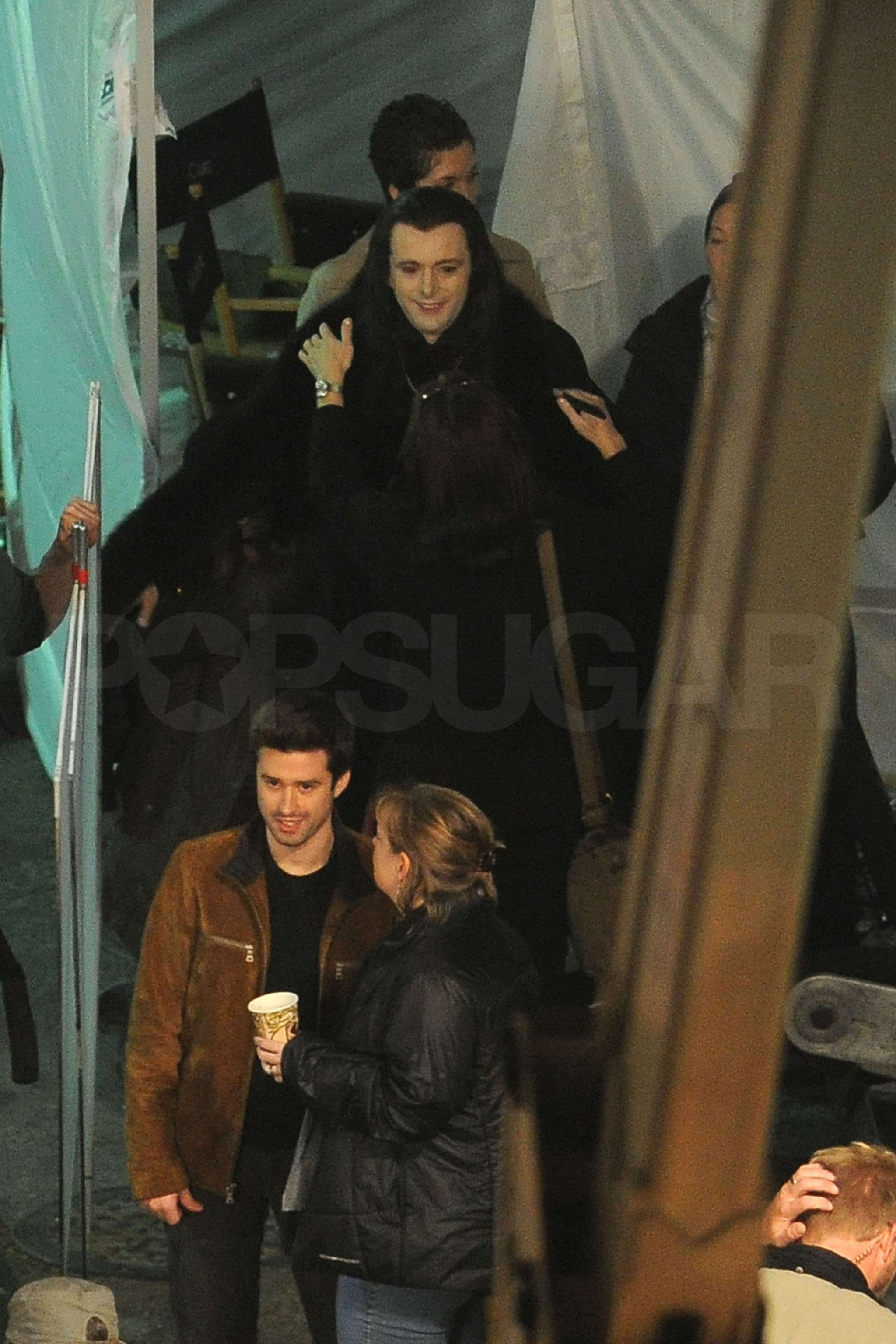 See Dakota Fanning and Michael Sheen Shooting Breaking Dawn!