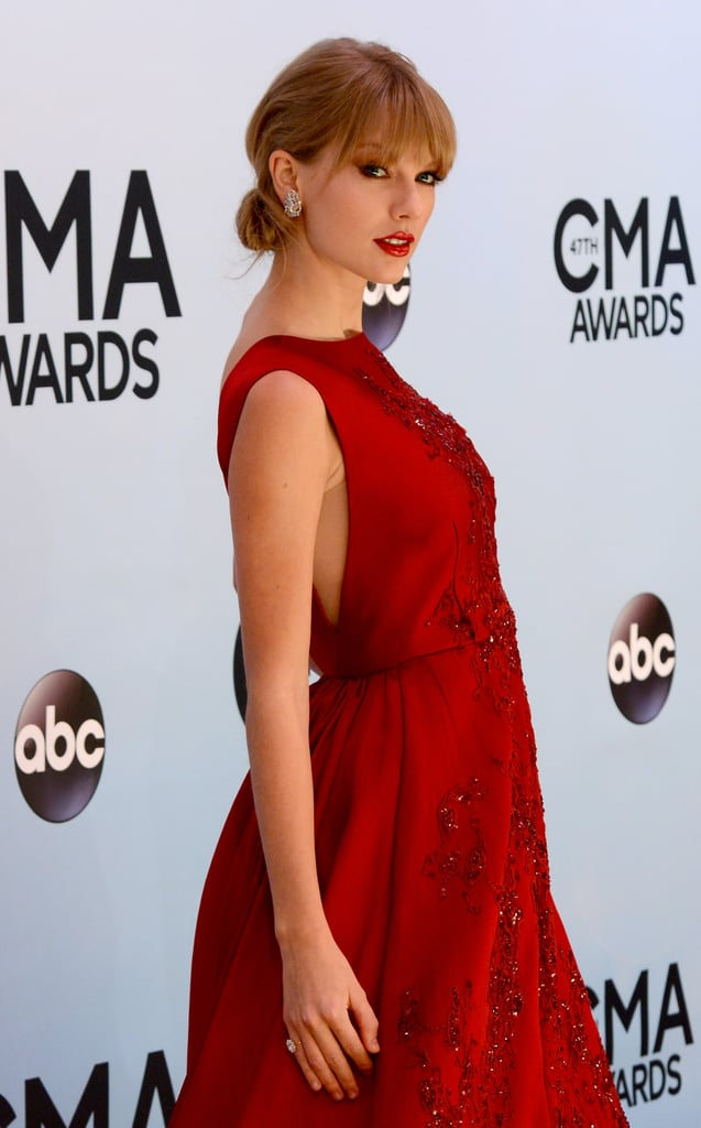 Taylor Swift Has Huge Star Support For Her CMA Pinnacle Award