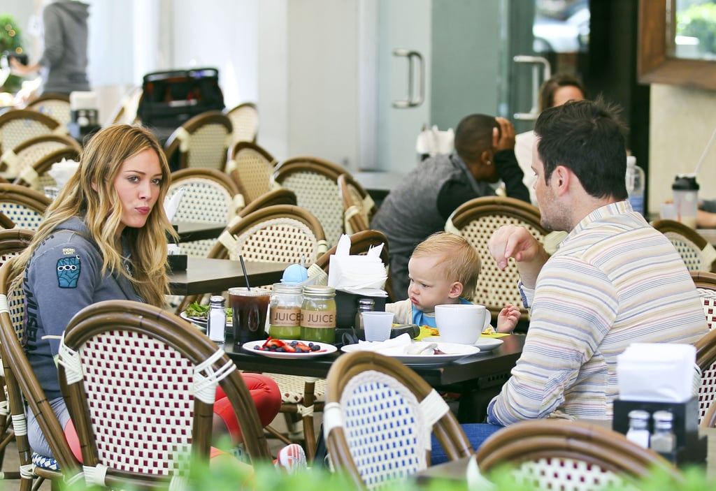 Hilary Duff had lunch with her two boys, Mike and Luca Comrie, in LA on Saturday.