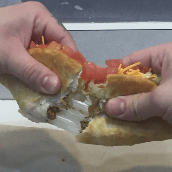 Taco Bell Quesalupa Review