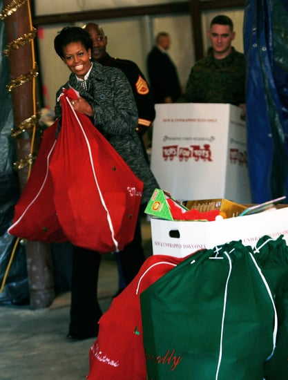 Lil Links: First Lady Helps Marines Deliver Toys For Kids