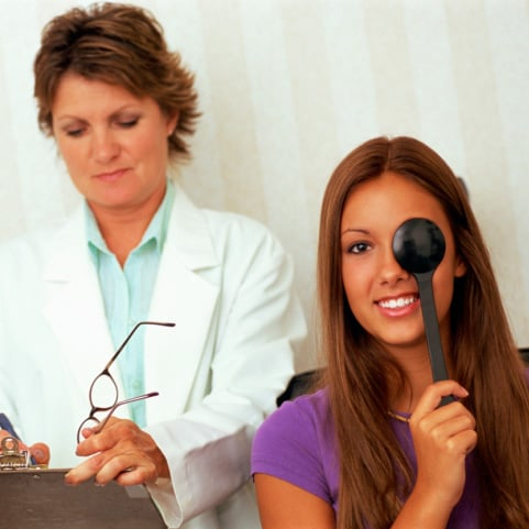 Do You Get Your Eyes Checked If You Don't Wear Glasses or Contacts?