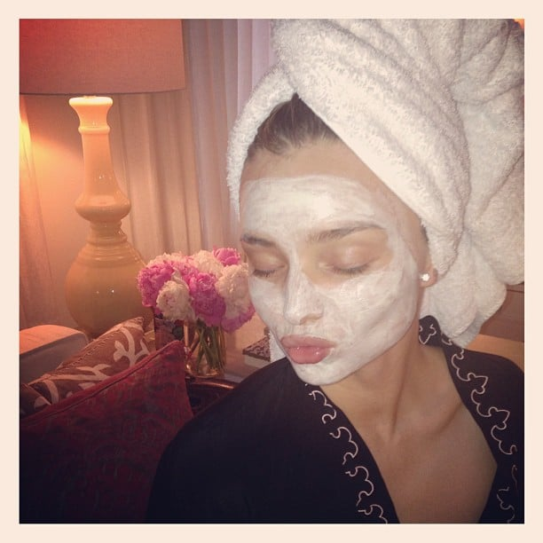 Miranda Kerr took some time out for a face mask. Which brand, you ask? Kora Organics, of course. Source: Instagram user mirandakerr