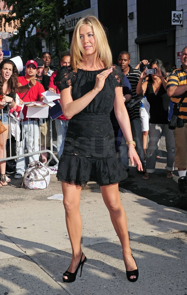 Jennifer Aniston waved to fans in NYC.
