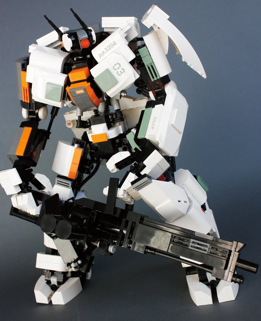 """""""Guardian Heavy"""" is the robot warrior the year 2165 is waiting for. Source: Guardian Heavy (2011) © Aaron Williams"""
