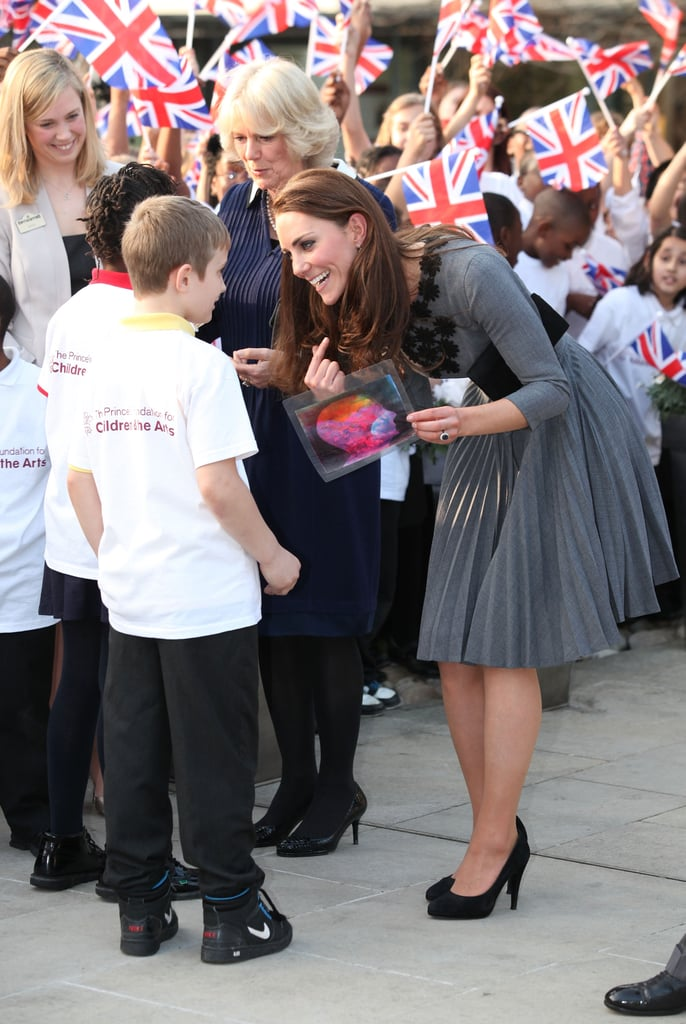 Kate Middleton meeting with fans.