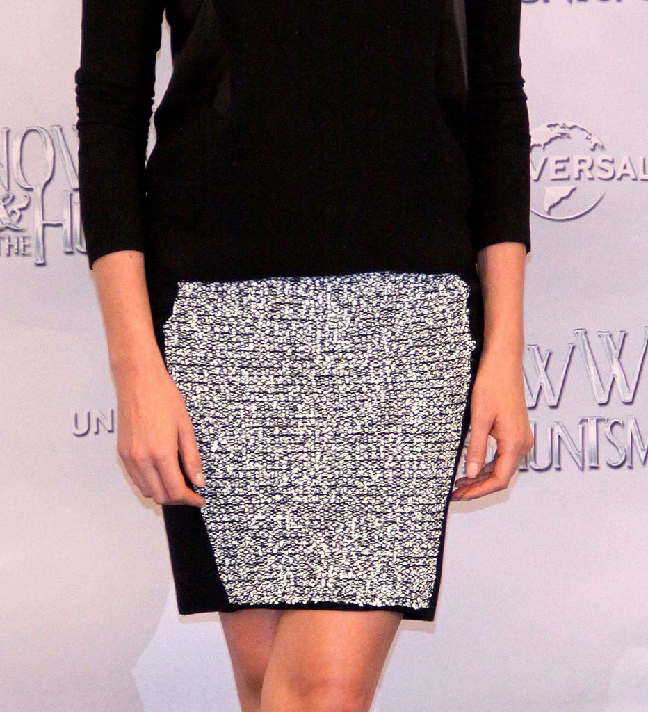 A closer glimpse of Charlize's stunning skirt.