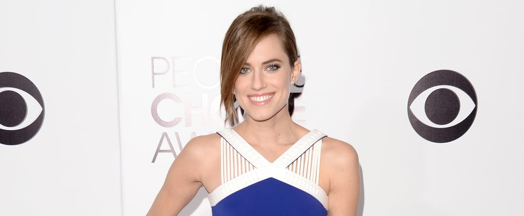 Allison Williams Represents Girls at the People's Choice Awards