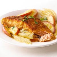 Fast & Easy Dinner: Salmon, Apples, and Fennel
