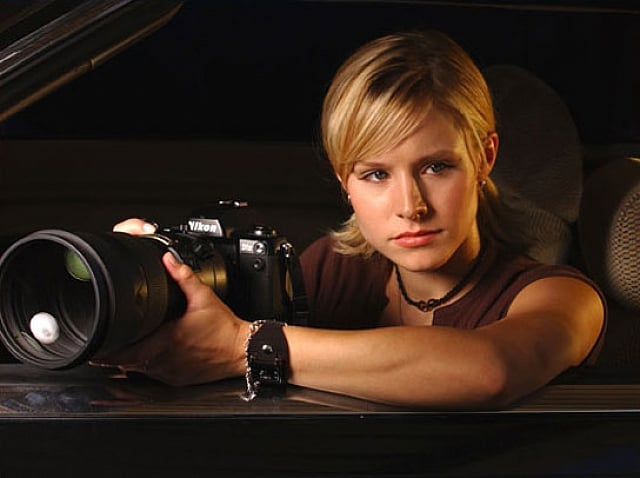 Veronica Mars Movie Veronica Mars is back in the pop culture spotlight since the movie was Kickstarted into existence, and Comic-Con will give fans a chance to chat with the cast, including Kristen Bell and Jason Dohring. The set pictures are exciting and all, but the panel promises a bigger prize: footage of the movie!