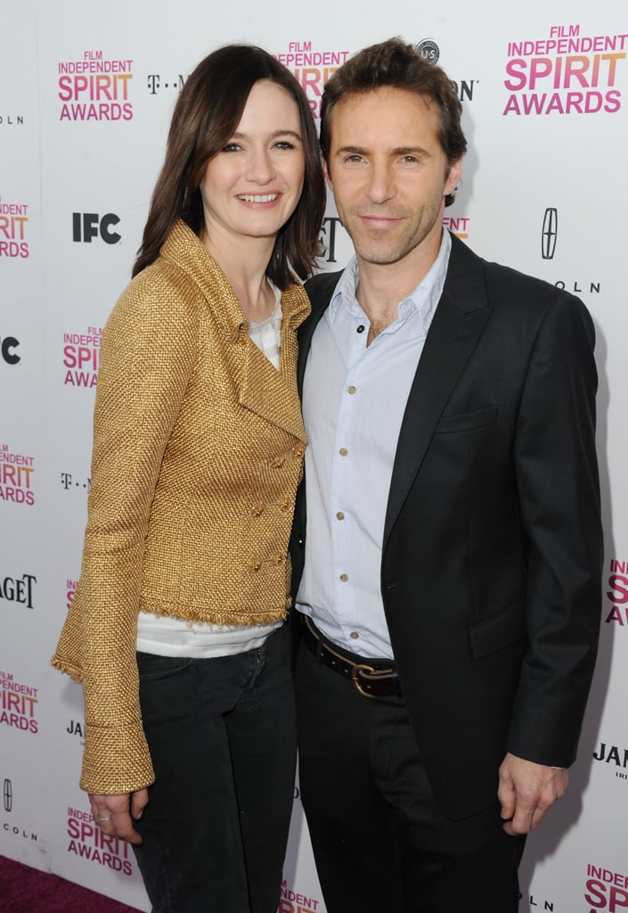 Emily Mortimer and Alessandro Nivola on the red carpet at the Spirit Awards 2013.