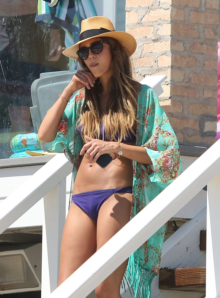 Jessica Alba showed off her amazing figure on the beach.