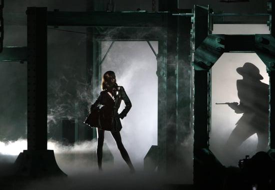 Photos From 2010 Christian Dior Show at Paris Fashion Week 2009-10-02 16:48:20