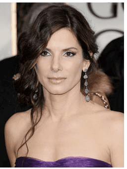 Pictures of Sandra Bullock Not Wearing Wedding Ring After Jesse James Infidelity Scandal 2010-04-19 19:55:34