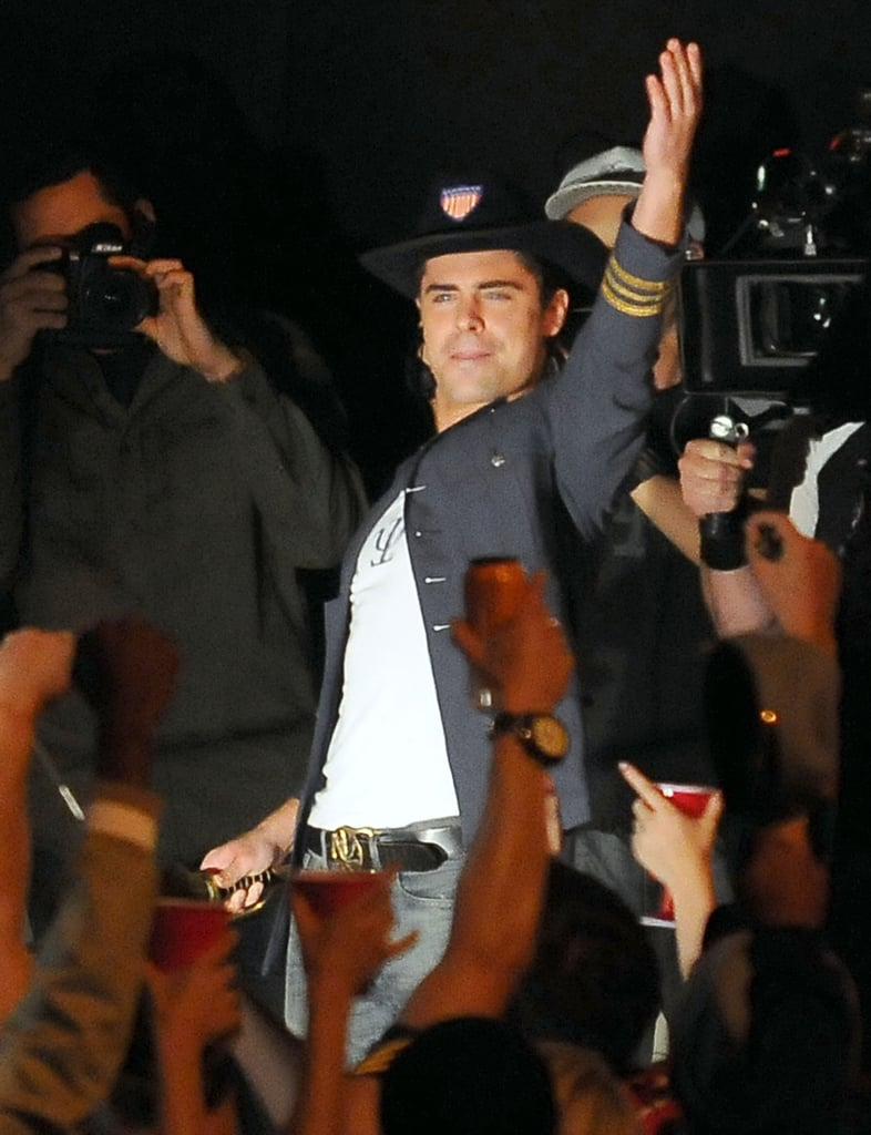 Zac Efron riled up a crowd of extras.