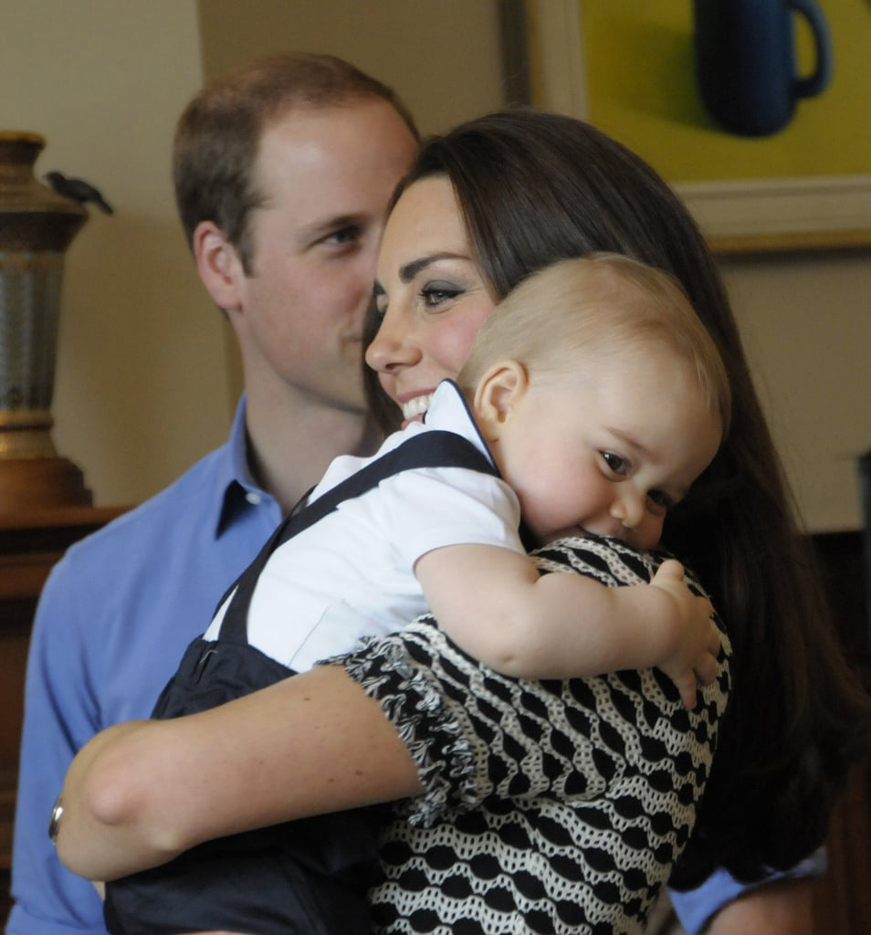 And cuddled up to Kate in this perfect family photo op. The sweetest.