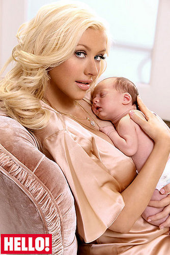 Christina Aguilera With Her Son (Picutres!!!)