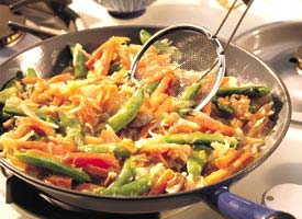 Fast & Easy Dinner: Vegetable Chow Mein