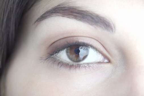 How-To: A Natural-Looking Brow