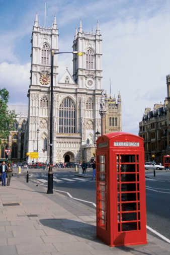 Landmark Red Payphones in UK Make Pricey Geek Collectibles