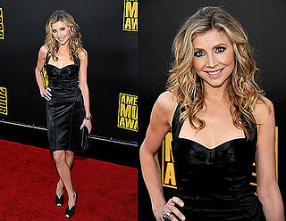 American Music Awards: Sarah Chalke