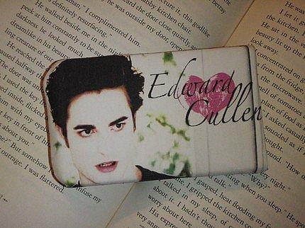 Etsy :: malenahandbags :: Edward Cullen Twilight Push-Up iPod Cover