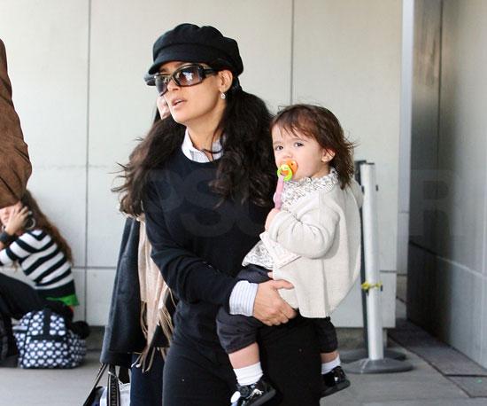 Salma and Valentina Are Ladies on the Run